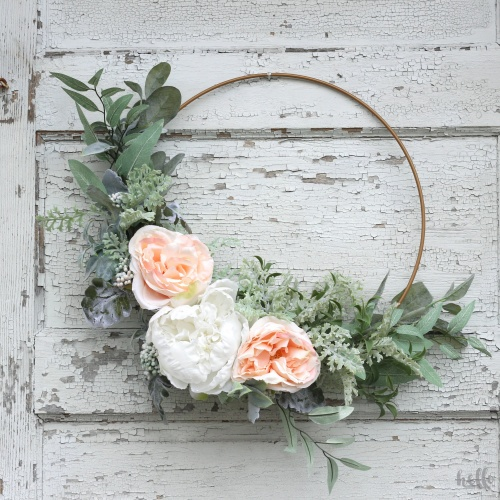 An Easy DIY Spring Hoop Wreath