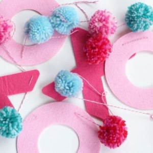 XOXO Valentine's Day Garland for your mantel or home