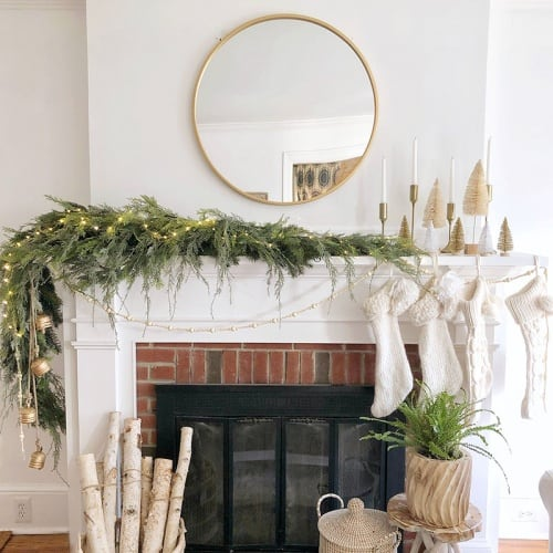 DIY Faux Asymmetrical Christmas Garland Idea