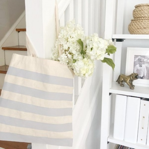 DIY Painted Canvas Tote Bags for Spring & The Philly Home Show