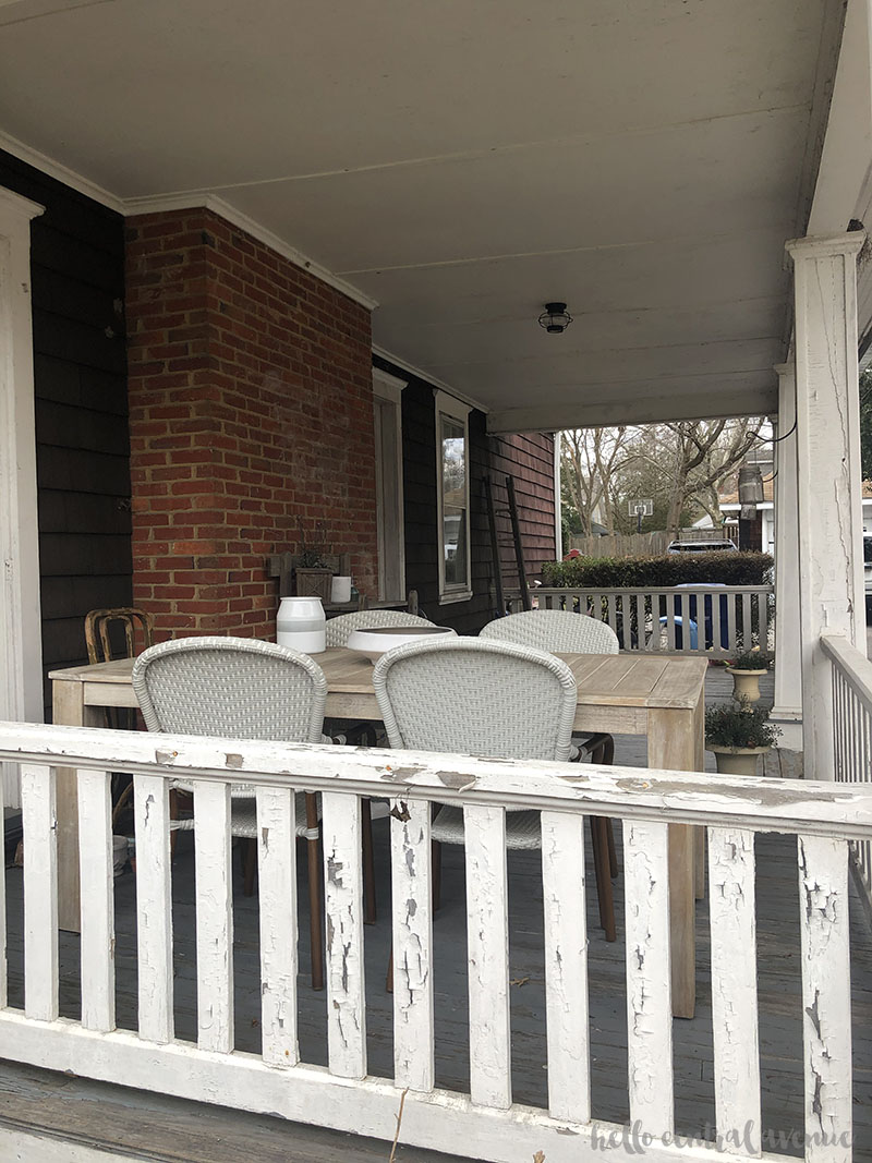 Outdoor decorating ideas for your porch or deck.